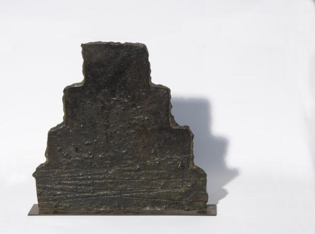 2_Bronze n°000:07, 2007, D 32,2 x 33,5 x 2 cm